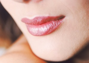 How to apply upper lip wax correctly
